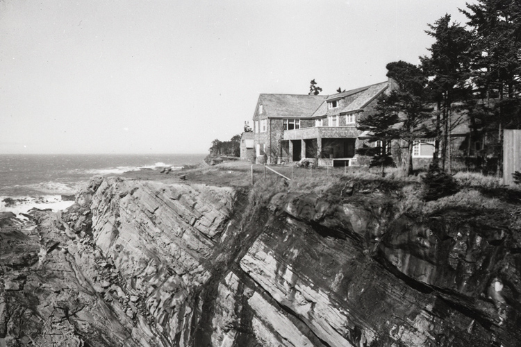 During WWII, Cape Arago was cut off to the public and Shore Acres was used by the Army as part of the coast watch system.