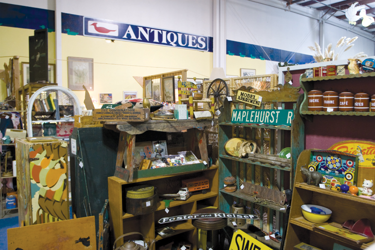 Discover Antique Treasures in Lincoln City During the Annual Antique Week