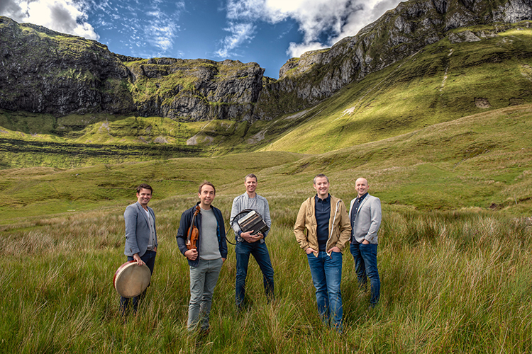 Tedra, an Irish fiddle band performs March 15