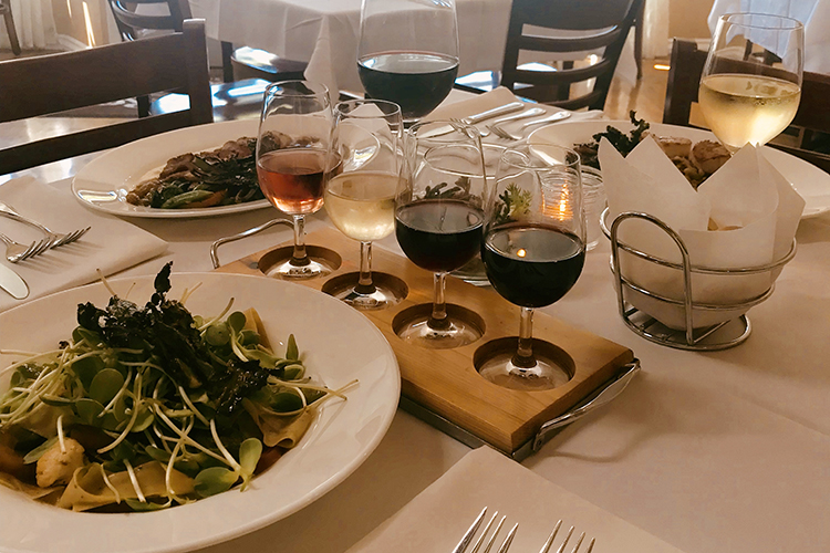 Alloro Wine Bar & Restaurant in Bandon offers white linen service, Italian-inspired coastal cuisine and outstanding wines.