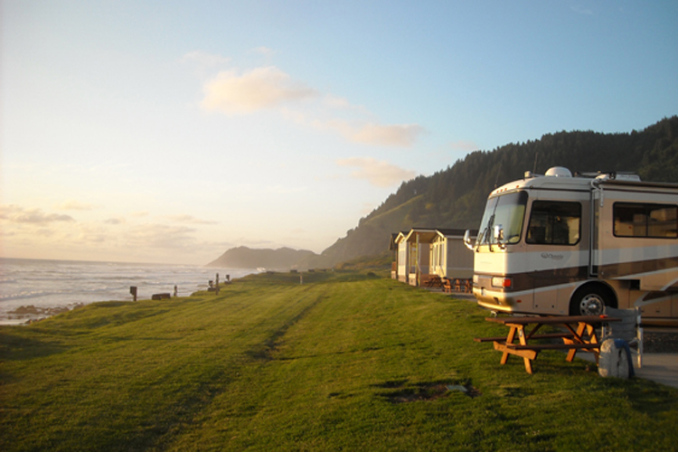 Oregon coast rv parks and resorts for Pacific city oregon cabins
