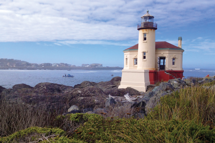 Visit Four Historic Lighthouses With Bandon as Your Base