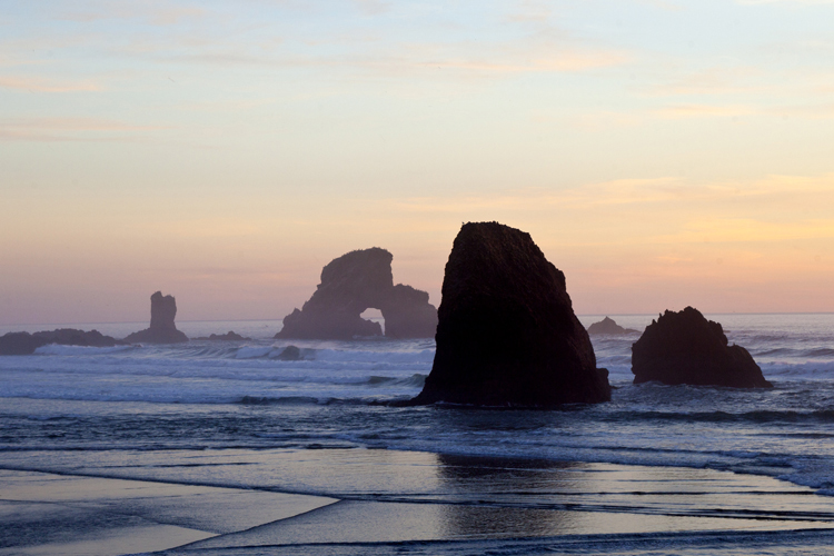 Big Picture: Oregon's Seastacks Are Remarkable Natural Areas