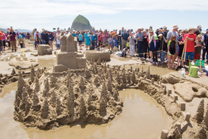 Once A Year Dragons Castles And Elaborate Works Of Art Become The Main Attraction On Beach At Cannon S Annual Sandcastle Day