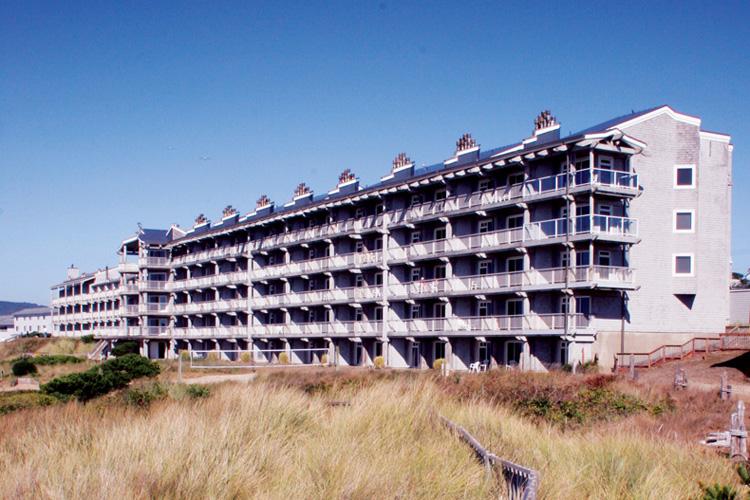 special offers on lodging hotels washington oregon coast. Black Bedroom Furniture Sets. Home Design Ideas