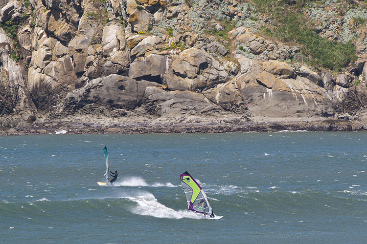 Windsurfers at Meyers Beach between Gold Beach and Brookings