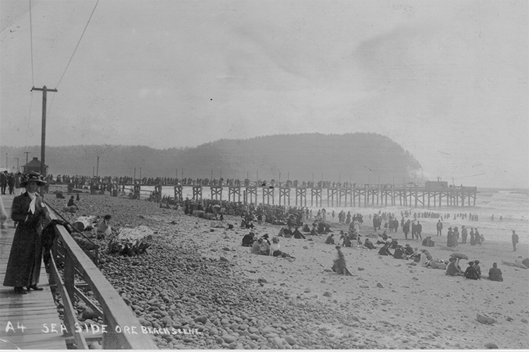 An early view of the boardwalk and pier, circa 1908